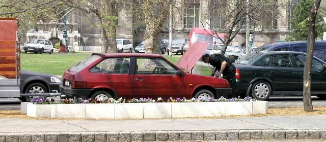 naprawa usterki w samochodzie